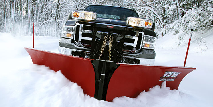 Western 9.5' Fleet Flex MVP Plus Poly Snowplow with handheld controller