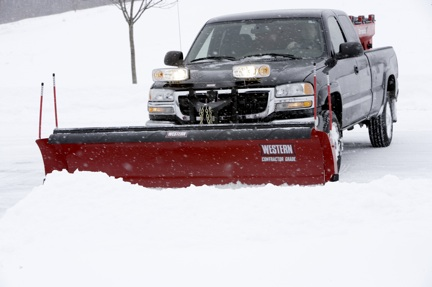 Western 9' Fleet Flex Pro Plus Snowplow with handheld controller