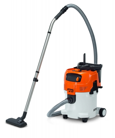 STIHL SE 122 Wet/Dry Vacuum for Professional Use